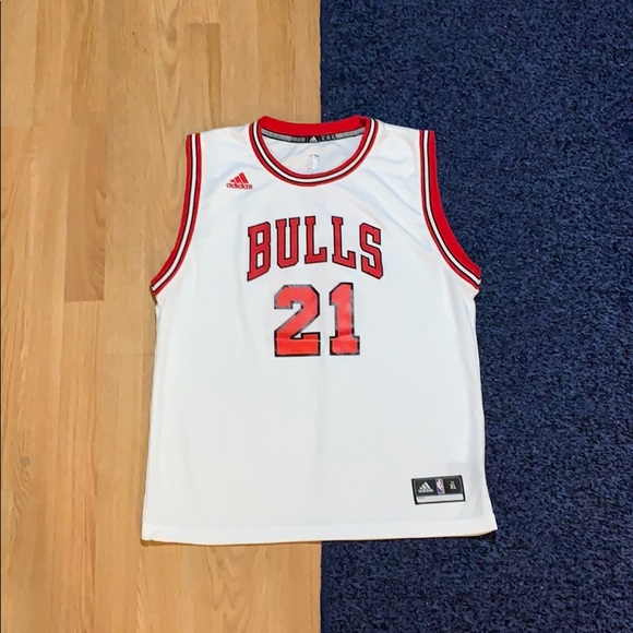 hot sale online 1b7b6 943c0 Adidas Chicago Bulls Jimmy Butler Jersey